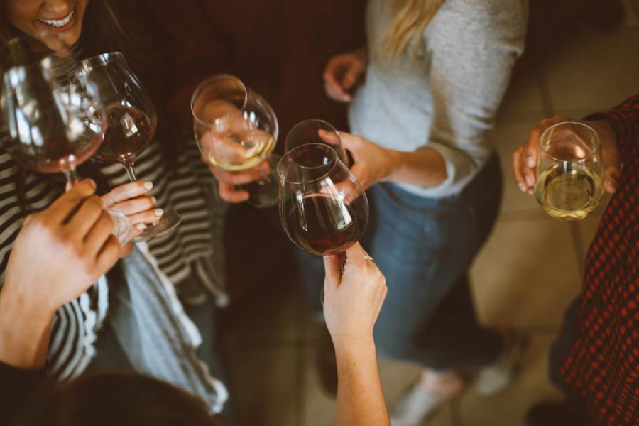 法國女生的保養之道--葡萄酒中的這個成分竟然能讓女人逆齡!